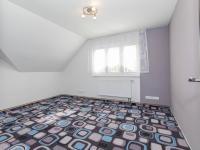 Dětský pokoj I - Prodej domu v osobním vlastnictví 142 m², Chodouny