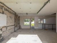 Garáž - Prodej domu v osobním vlastnictví 142 m², Chodouny