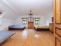 1. pokoj v patře - Prodej domu v osobním vlastnictví 253 m², Lovečkovice
