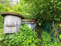 Zahrada se včelíny - Prodej domu v osobním vlastnictví 83 m², Luby