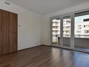 Obývací pokoj - Prodej bytu 2+kk v osobním vlastnictví 63 m², Praha 4 - Kamýk
