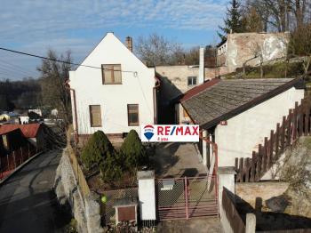 čelní pohled  - Prodej domu v osobním vlastnictví 148 m², Klášter Hradiště nad Jizerou