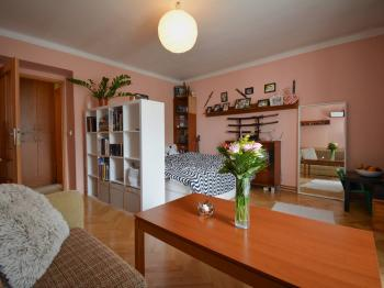 Prodej bytu 2+1 v osobním vlastnictví, 57 m2, Dobřany