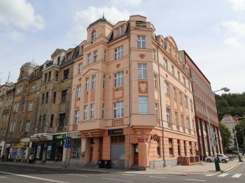 Byt 4+1 na prodej, Karlovy Vary