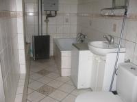 koupelna - Prodej domu v osobním vlastnictví 80 m², Chrudim
